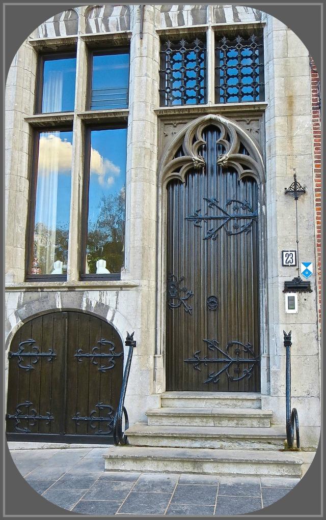 Bruges Door