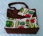Tote with veggies