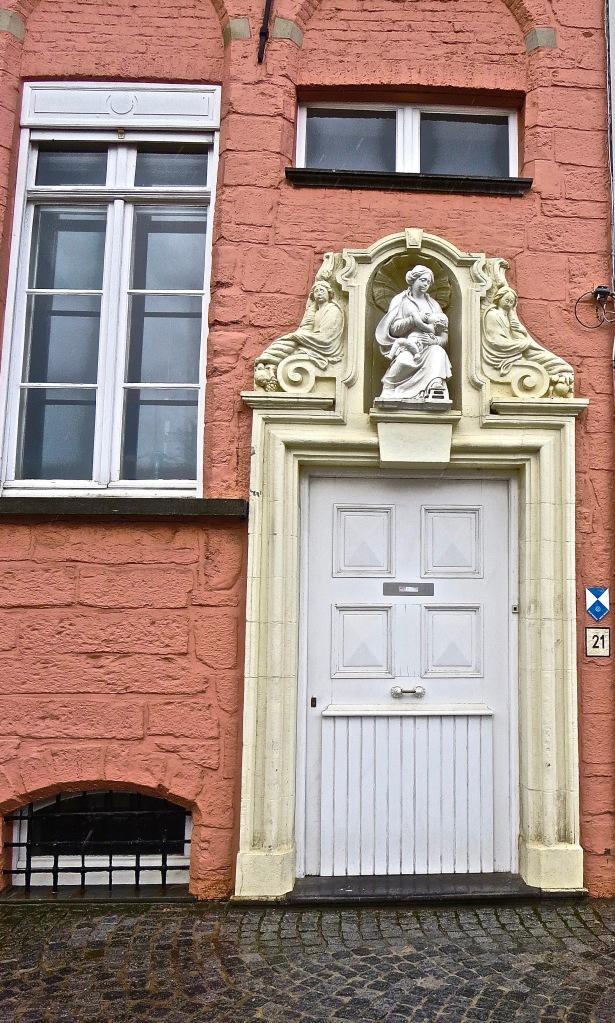 Door Ornate✓