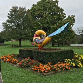 Distelfink Sculpture